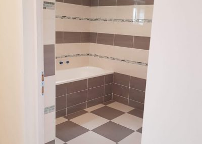 fürdőszoba burkolása